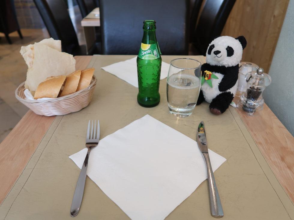 ブリュッセルのイタリアンレストランDaiSardiCaralisのテーブルウェア