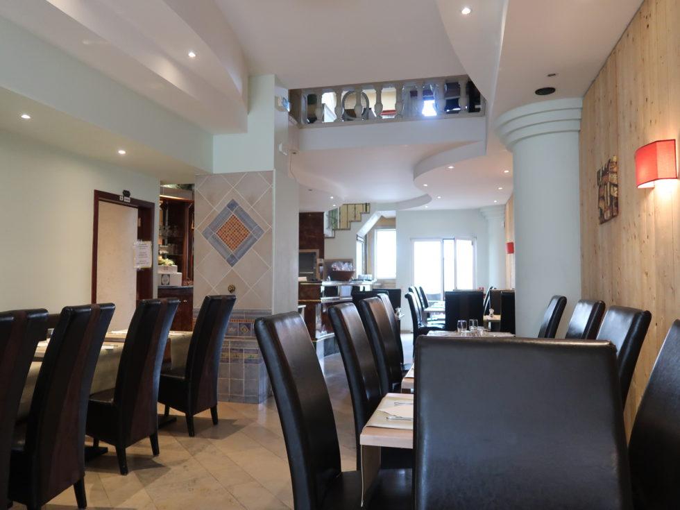 ブリュッセルのイタリアンレストランDaiSardiCaralisの店内