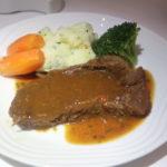 ANA国際線ビジネスクラス機内食のステーキ