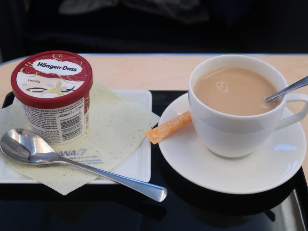 ANA国際線ビジネスクラス機内食のアイスクリーム