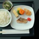 羽田空港国際線114番ゲート付近のANAスイートラウンジの朝食