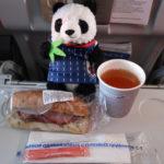 アエロフロート国内線で提供された機内食のサンドイッチ