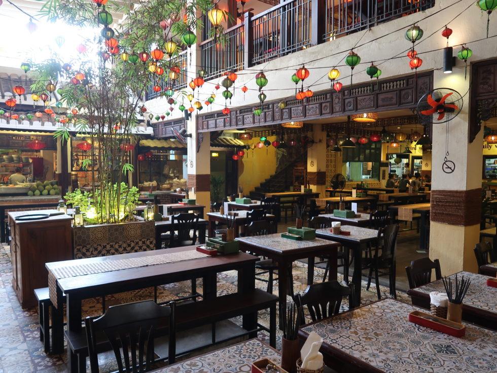 ベトナムホイアンのVy's Market Restaurantの店内