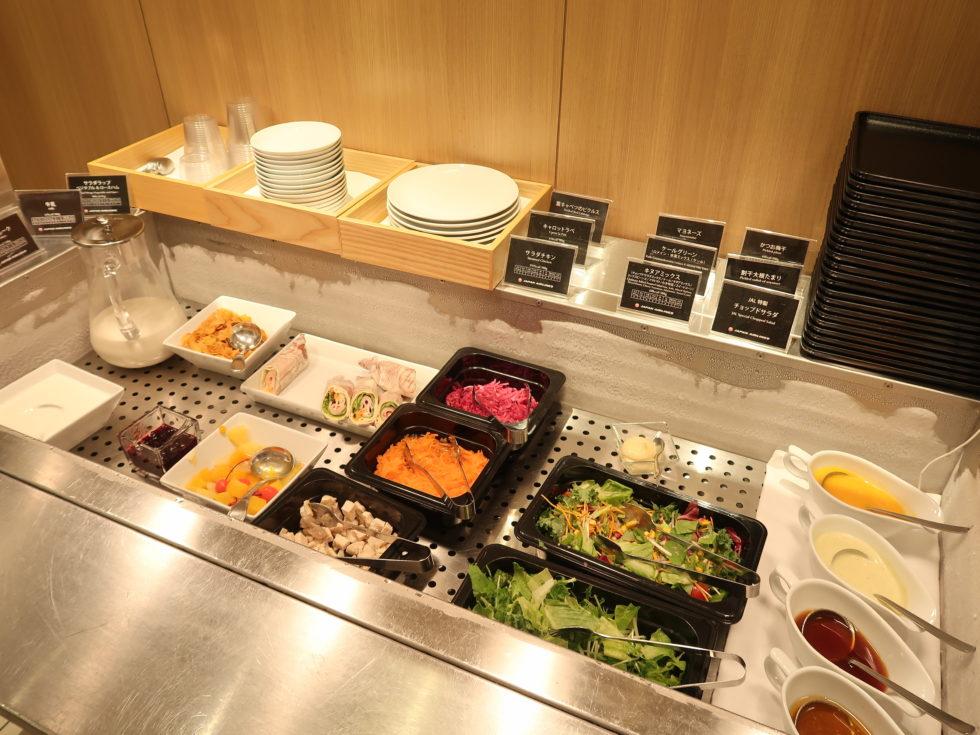 成田空港のJALサクララウンジの食事