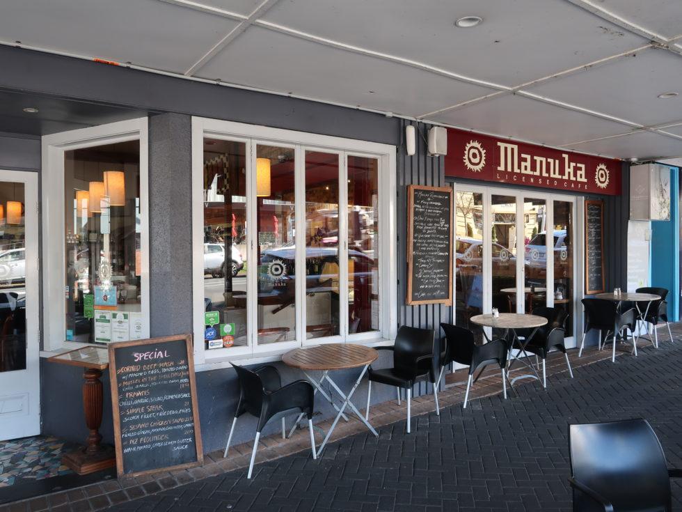 ニュージーランドデヴォンポートのマヌカカフェの外観