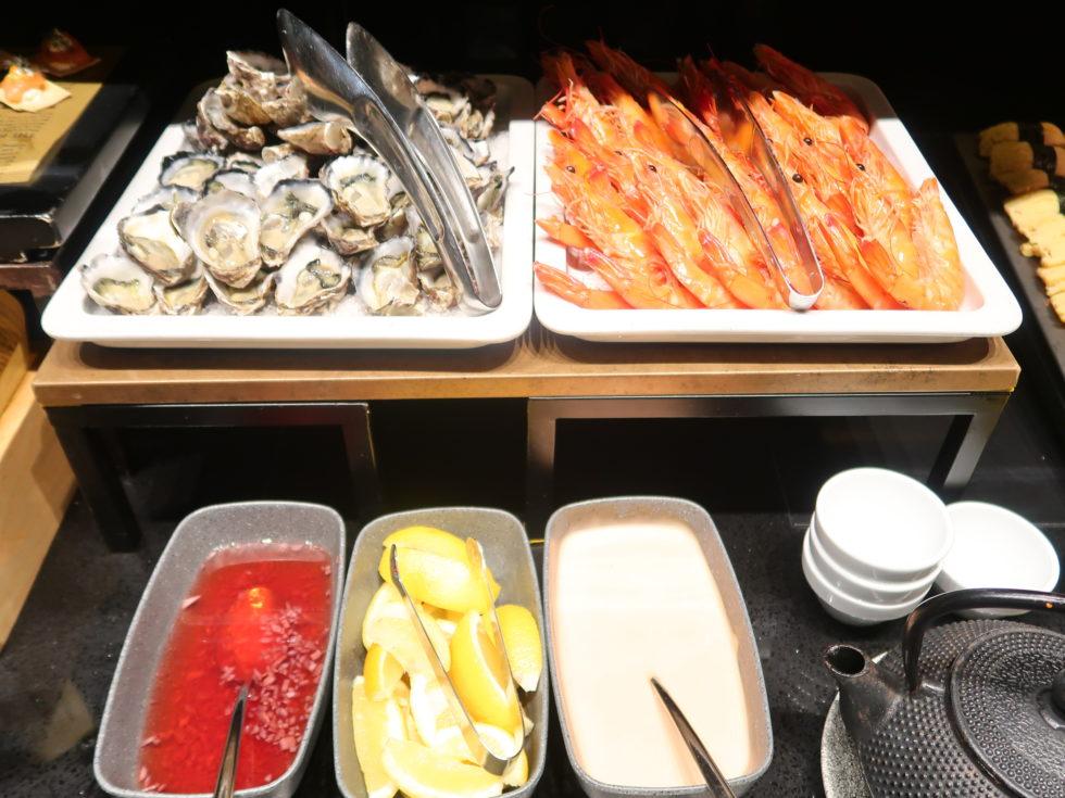 シェラトングランドシドニーハイドパークのクラブラウンジの生牡蠣