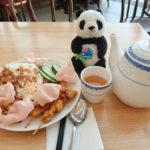 シドニー空港のレストランテラスチャイニーズキッチンのナシゴレンとお茶