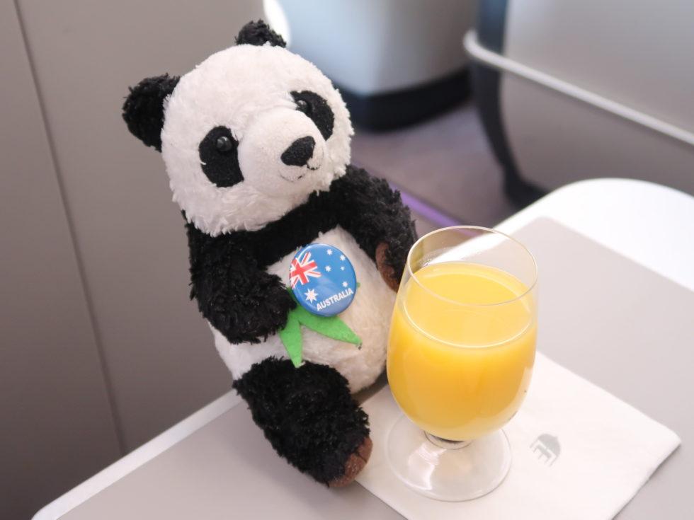マレーシア航空ビジネスクラスのオレンジジュース