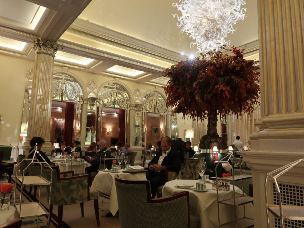 ロンドンクラリッジスのアフタヌーンティーレストラン