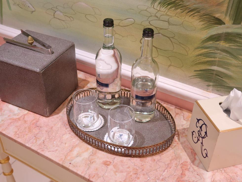 ザ・リッツロンドンのトイレに置いてあるお水