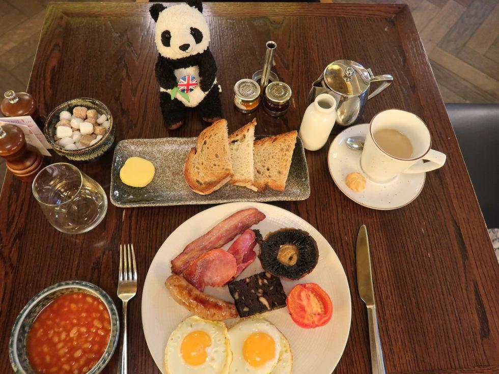 セントパンクラス駅のSt Pancras Brasserieの朝ごはん