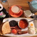 ロンドンヒースロー空港のレストラン「ザ・コミッション」の朝ごはん