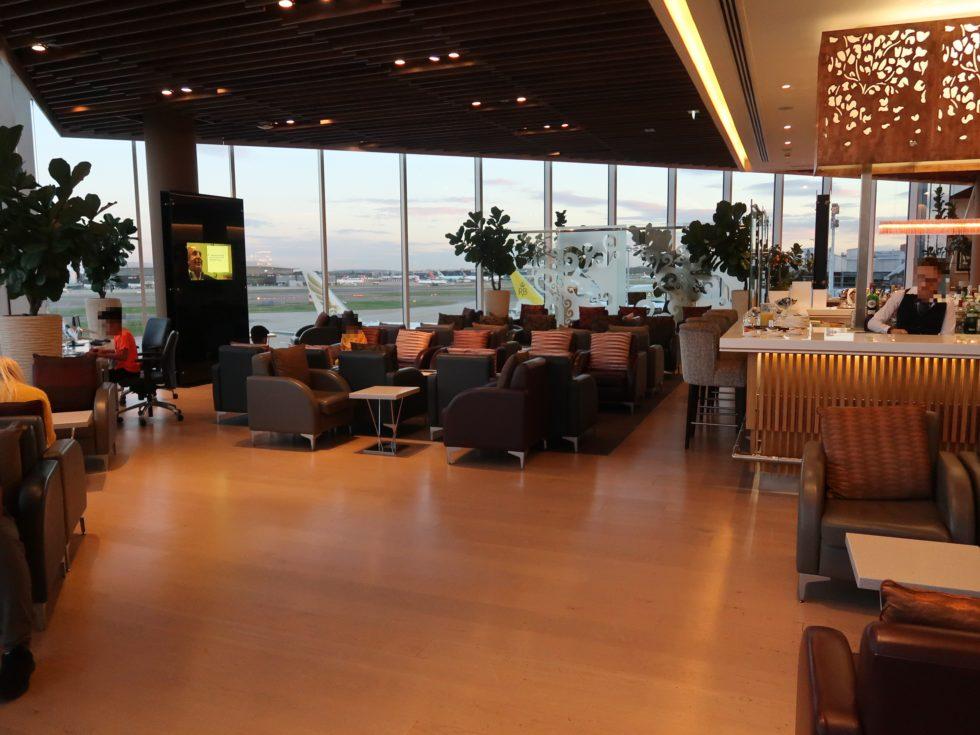 ロンドンヒースロー空港のマレーシア航空ゴールデンラウンジ