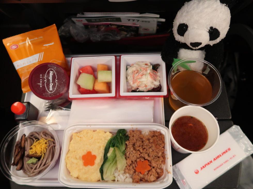 JAL国際線のエコノミークラス機内食