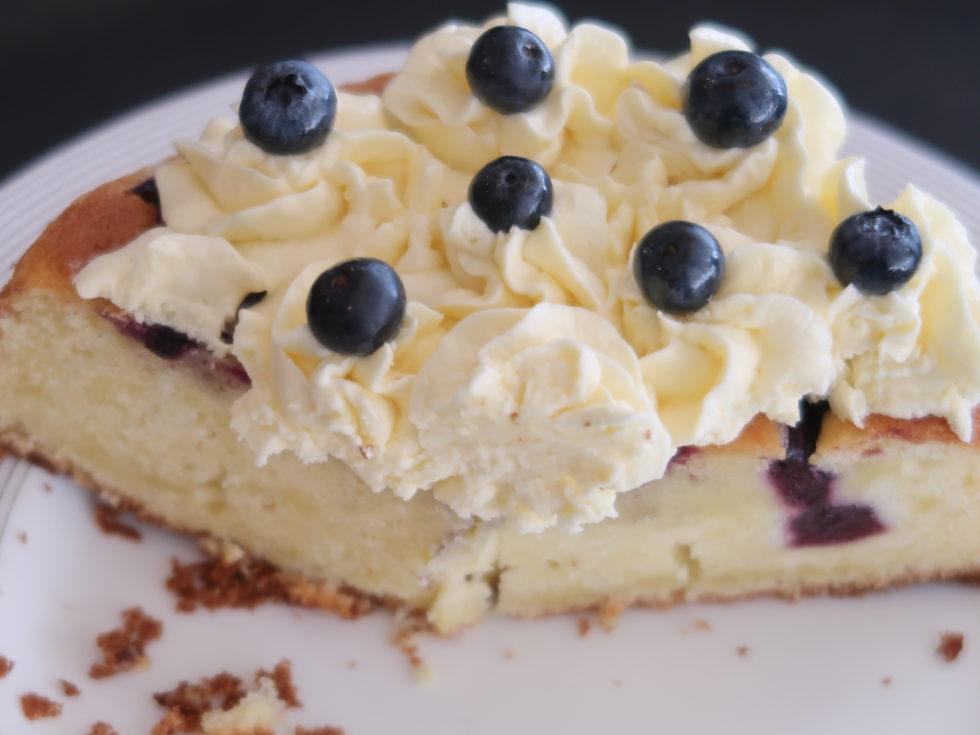 ウェスティンクアラルンプールのクラブラウンジでティータイムに提供されたチーズケーキ