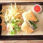 ビッグフィッシュバー&グリルのサンドイッチ
