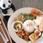 ビーチウォークのレストランBebek-Tepi-Sawahで食べたナシチャンプル