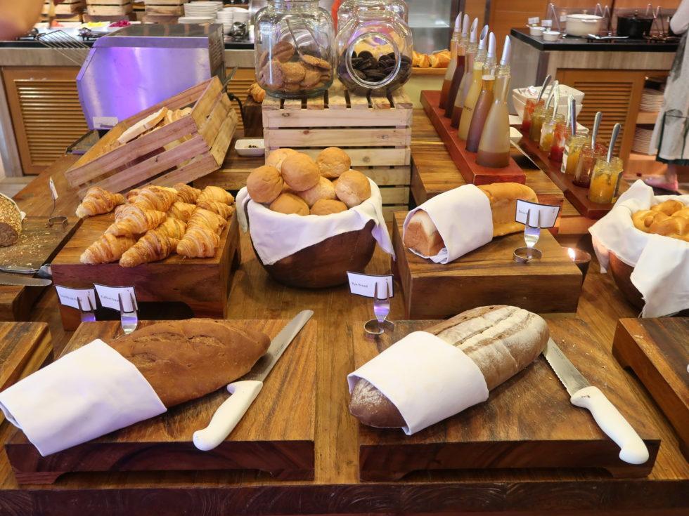 ザストーンズホテルレギャンバリオートグラフコレクション朝食ビュッフェのパン