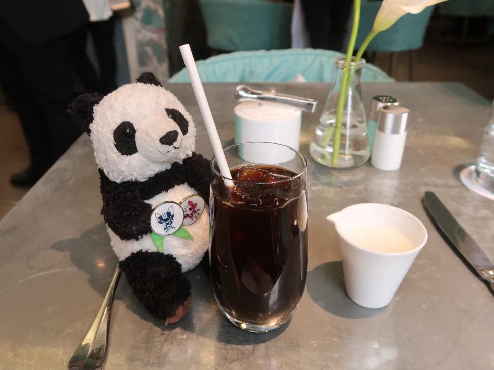 ティファニーのブルーボックスカフェで飲んだアイスコーヒー