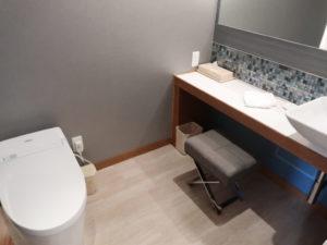 シェラトン沖縄サンマリーナリゾートオーシャンスイートルームのトイレ