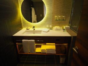 シェラトン沖縄サンマリーナリゾートオーシャンスイートルームの洗面所